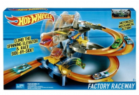 TOR HOT WHEELS MOTORIZED WYŚCIG W FABRYCE + AUTO /2 FDF28